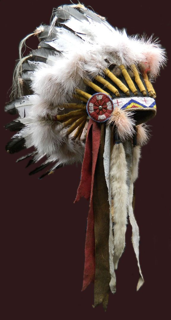 Sioux Indian headdress / war bonnet