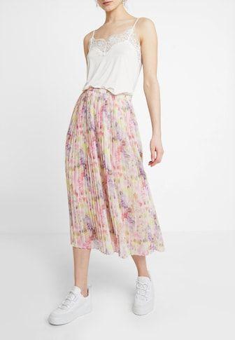 DIN ØNSKELISTE | Tøj til kvinder, Mode ideer, Ønskeliste