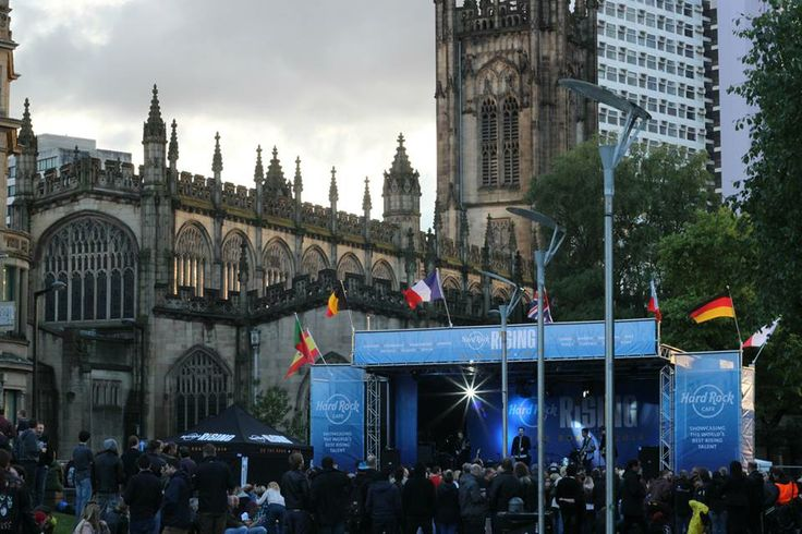 #Manchester Cathedral looking resplendent as the sunset at #HRRisingOnTheRoad Manchester, Cathedral Gardens, Saturday 24th May 2014.