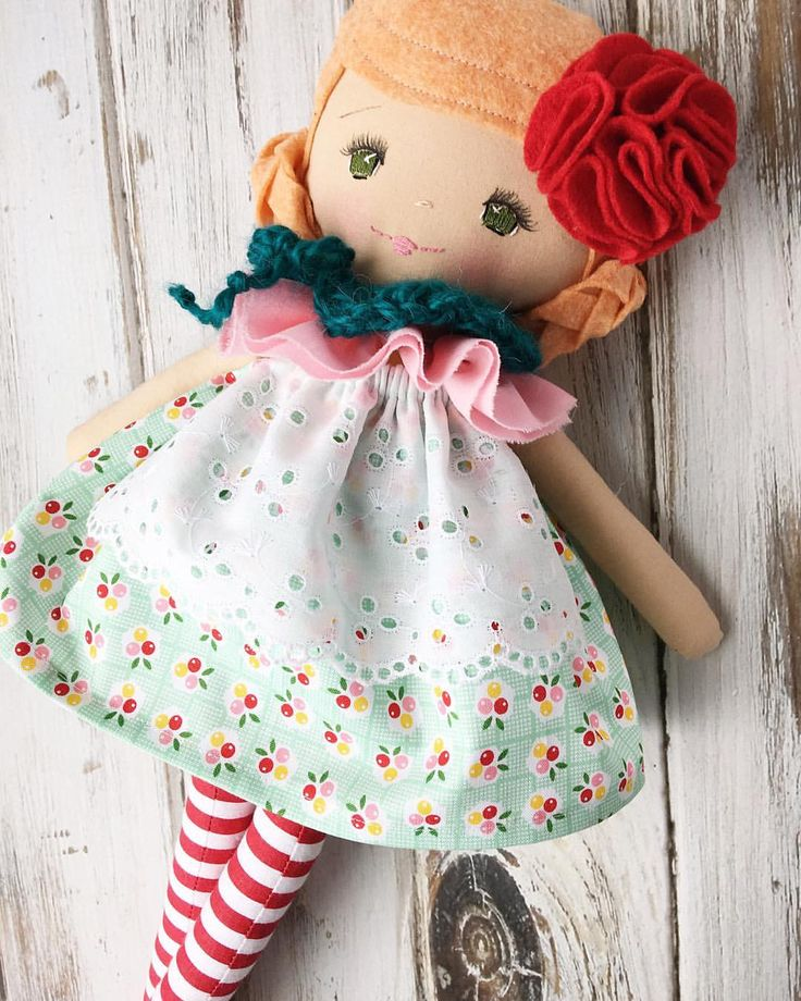 Green-eyed Dolly by SpunCandy