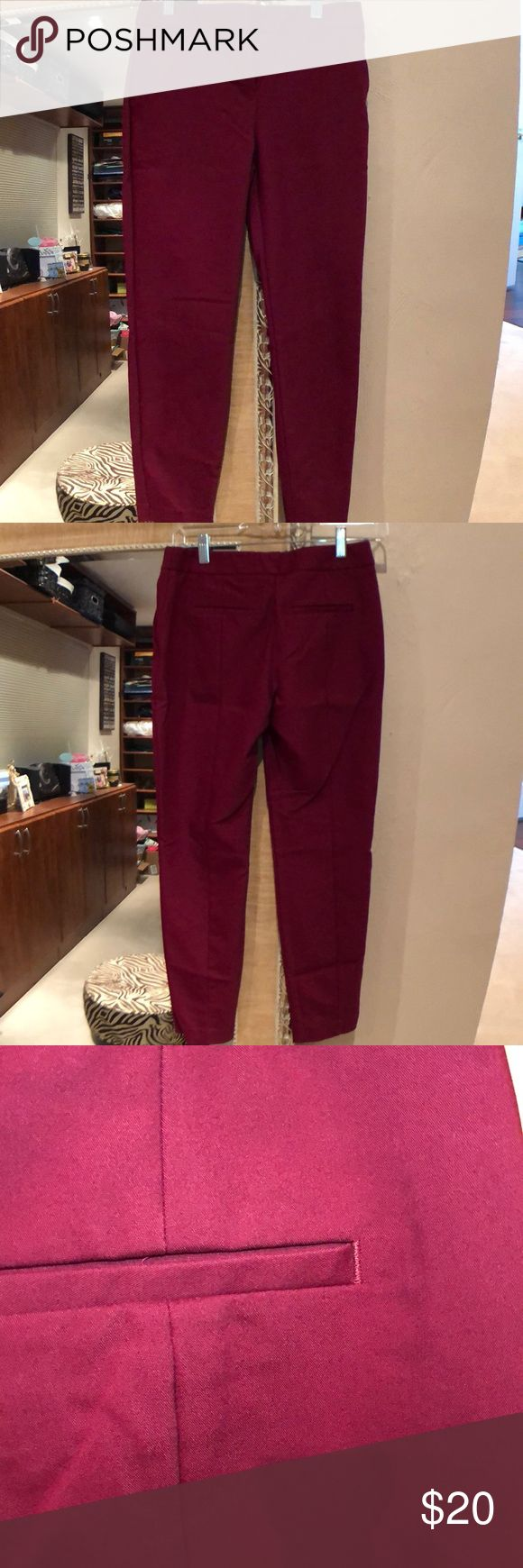 Express Columnist Ankle Pant Burgundy colored Express Columnist Ankle Pant in size 00R. Excellent Used Condition. Super cute pants. I just don't fit them anymore. Express Pants Ankle & Cropped