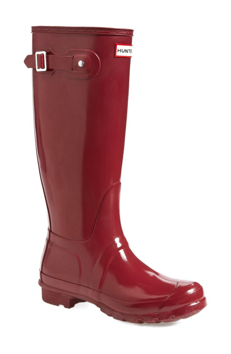 Love these dark red Hunter rain boots.