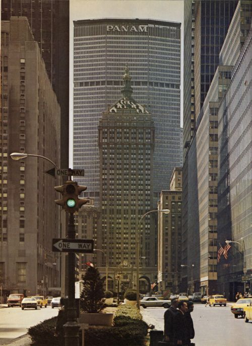 PanAm building by skyscraper