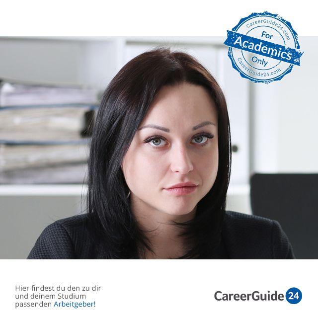 """In unserem <a href=""""https://www.careerguide24.com/de/Blog"""" target=_blank>Karriere Blog</a> erfährst du, welche drei Schnitzer du in einem Vorstellungsgespräch vermeiden solltest."""