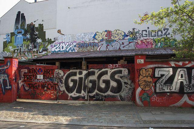All sizes | Linienstraße, Ecke Alte Schönhauser Straße, Berlin | Flickr - Photo Sharing!