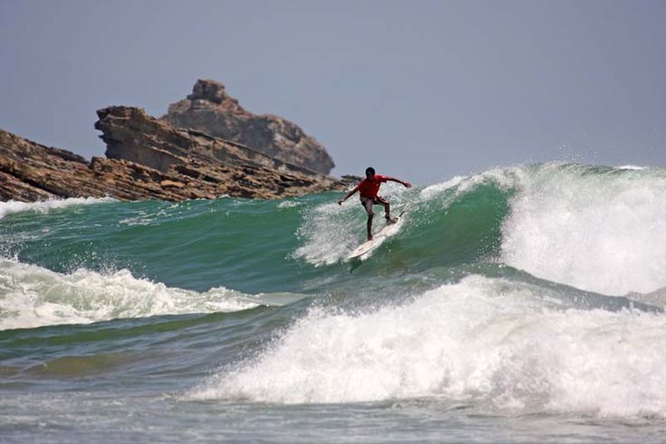 Awesome surfing in San Juan Del Sur