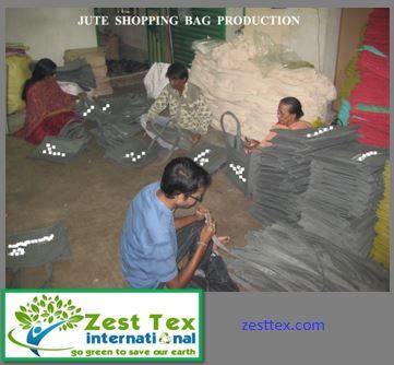 USA is witnessing a tremendous hike in usage of jute bags. Jute bags manufacturers in USA make several types of bags. Jute bags exporters in USA are mainly from countries such as India . Read more http://zesttex.com/