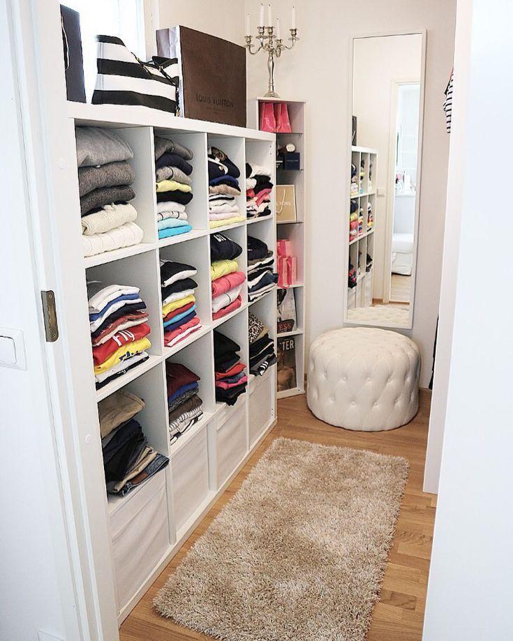 Best 21 Best Small Walk In Closet Storage Ideas For Bedrooms 400 x 300