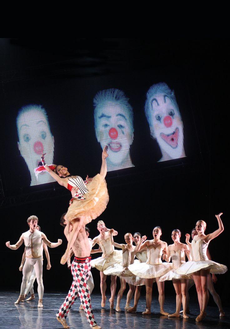 https://flic.kr/p/naNZYW | Tyll (Beyond the Tutu) | Cristina Casa en Ion Aguirretxe Koninklijk Ballet Vlaanderen in Tyll by Alexander Ekman © Hans Gerritsen