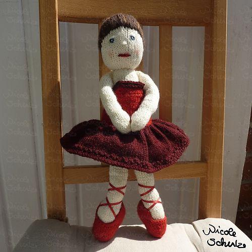 Ballerina Girl KAL- ballerina by klopferli- pattern by Irishmagda for prawelewe {www.prawelewe.pl}