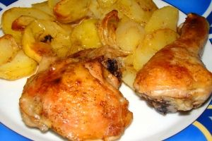 Enchilada z kurczakiem i sosem salsa - przepis   PrzepisDlaCiebie.pl