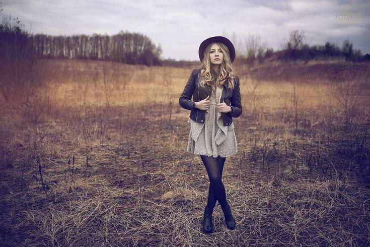 Fashion Fotoshooting draußen in der Natur | Foto Loni