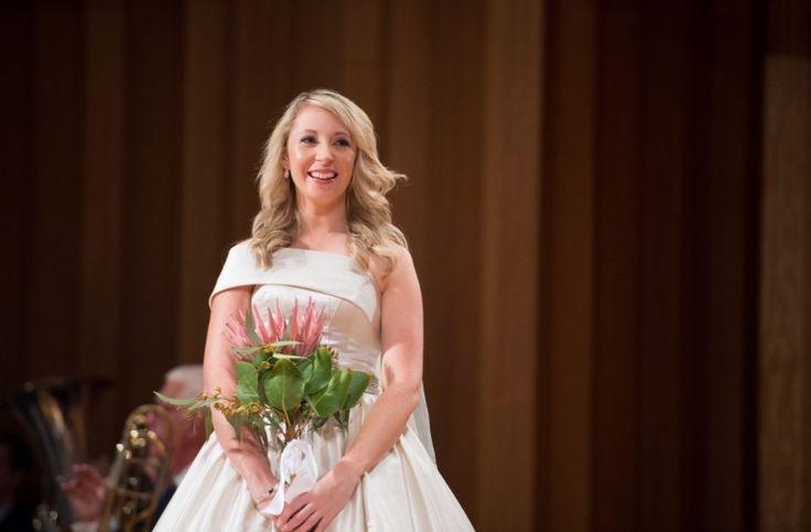 King protea bouquet, bride, wedding bouquet