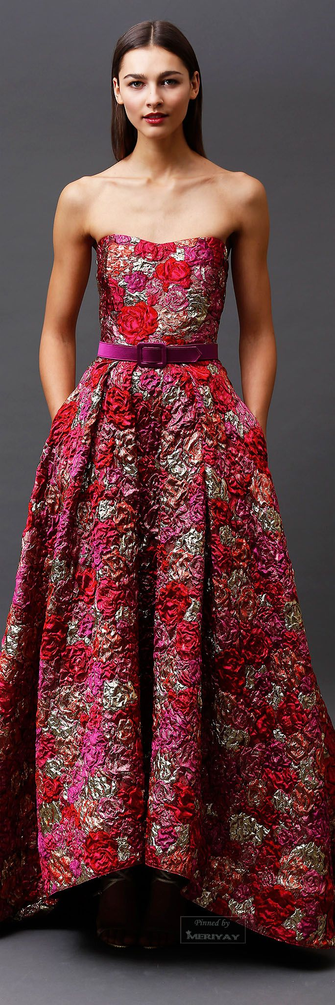 Badgley Mischka.Pre-Fall 2015. We should be encouraged to come dressed like this to our office..... I work for the government. :) I can't afford it and I would love to wear this to work.