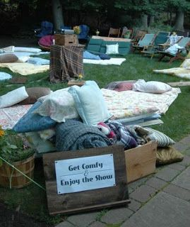 Party Frosting: Outdoor Movie Night Ideas...maybe tailor for am indoor movie night
