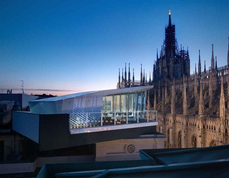 Milán desde las alturas (con una copa de vino)
