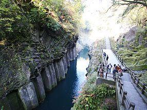 Takachiho Travel: Takachiho Gorge