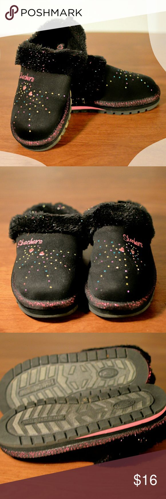 24hr Sale * Twinkle Toes Skechers Fuzzy Slip-ons Cute and cozy slip-ons with tread bottoms. I don't think my daughter wore them one time since Christmas morning. Kids! ;) Excellent condition. Black, fuzzy inside with sprinkles of color. Size 2m. Smoke free home. Skechers Shoes Slippers