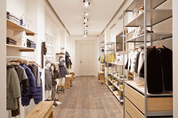 ORVETT per IL GUFO / Milano - IT / 2014 / Esprimiamo i valori del vostro brand realizzando spazi iconici.