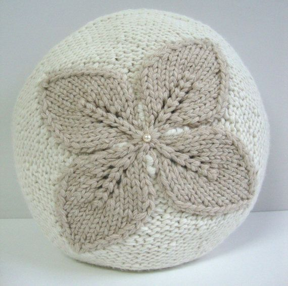 Hand Knitted Pillow, natural peruvian alpaca. Exclusive design by DubrasenHome