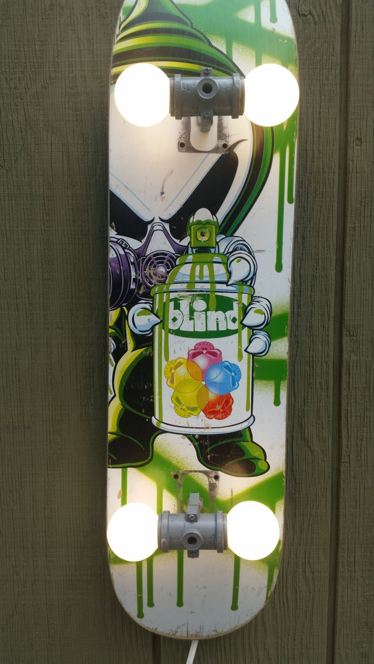 skateboard lamp with blind graphic sweet alien graphic kids board four 40 watt bulbs included ready to ship - Skateboard Design Ideas