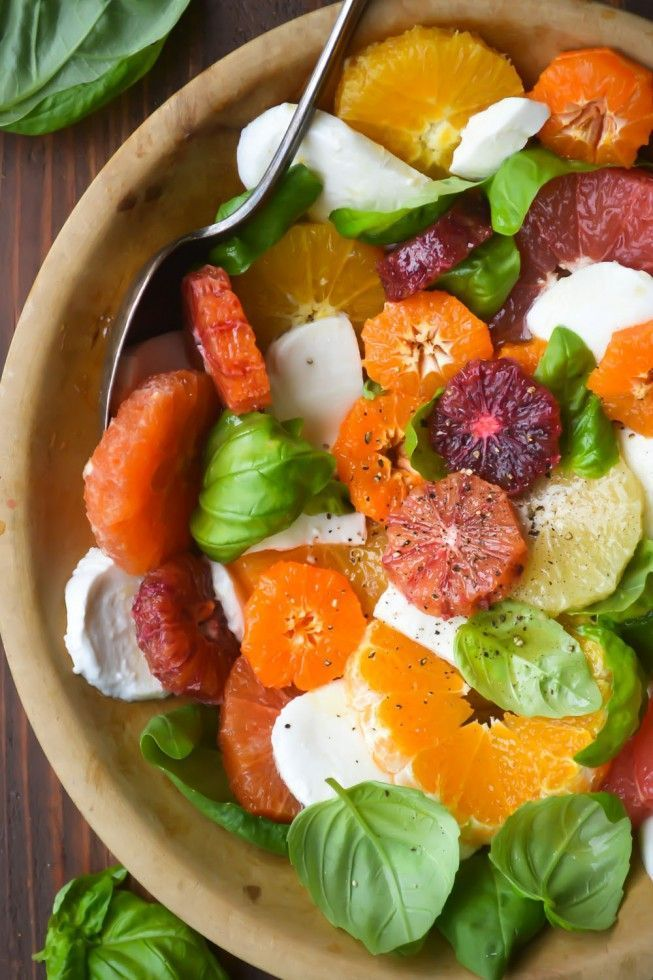 Savory Citrus Caprese Salad with Honey Balsamic Vinaigrette #citrus #caprese #salad #lunch