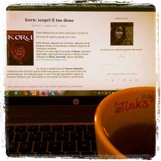 """Direttamente dalla scrivania e dal computer di Mathilda Stillday una nuova recensione di Koru. Grazie a """"Bodò: mamme con il jolly"""" e a Fioly Bocca. http://www.bbodo.it/2014/03/05/koru-scopri-il-tuo-dono/ #Koru #DeanaKoru"""