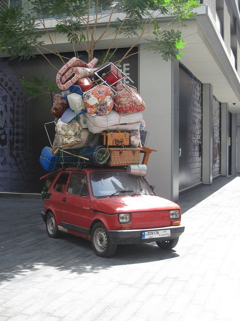 Loaded Car Quilting humor, Fiat 126, Moving day