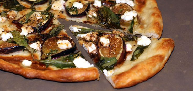 ... with them: Fig, Arugula and Goat cheese pizza! How can you go wrong