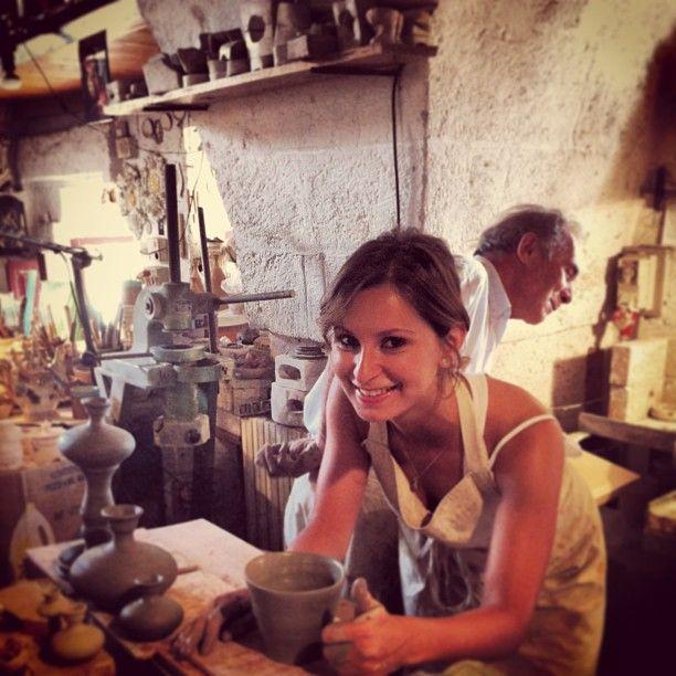 .@Viaggiareinpuglia Official | @luzzi1984 e la sua creazione alla bottega vestita #mypugliaexperience #grott...