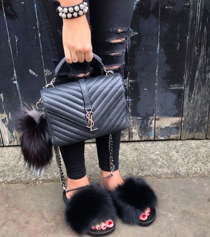 Fox fur Slides Black | Обувь, Красота