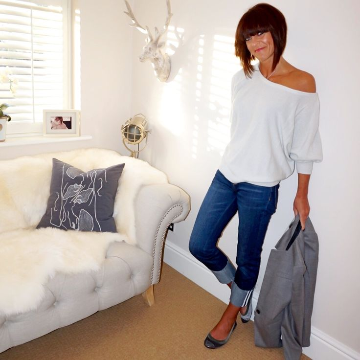 How to style a single breasted grey blazer with an off the shoulder cashmere jumper, turn up boyfriend jeans & velvet ballet pumps. #ootd #wiw #lotd #over40 #over40fashion #fashion #howtodresswhenyoureover40 #over40style #midlife #whattowear #howtostyle #style #stylingtips #boyfriendjeans #cashmerejumper #singlebreastedjacket #balletpumps