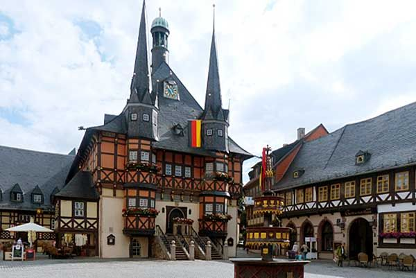 Wernigerode - Markt mit Rathaus