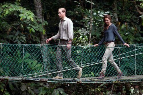 Kate Middleton con il suo look casual ci insegna a essere sexy anche con le scarpe da trekking