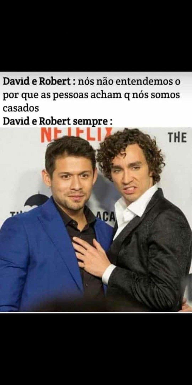 Robert E David De The Umbrella Academy Meme Br Maratona De Filmes Netflix Filmes E Series Piadas Estupidas