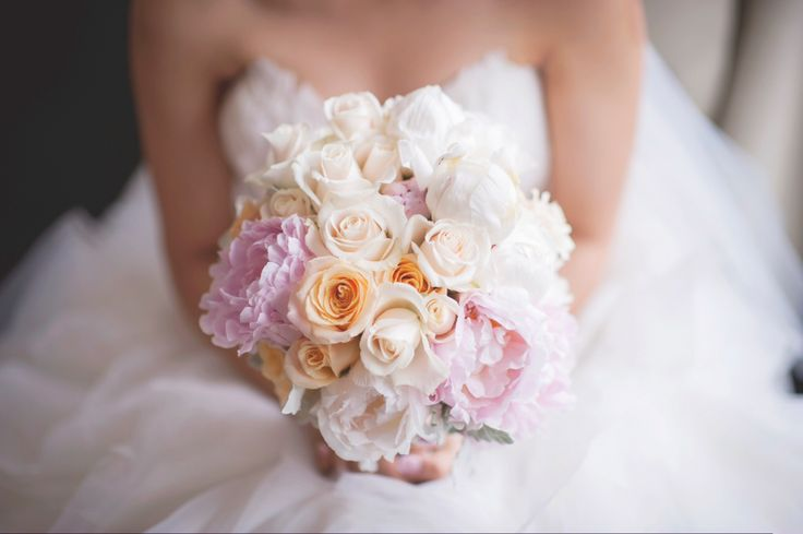 Peony Bouquet #Lillipollen #florals #flowers #pastel #wedding