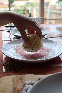 cupcakes by Mandy Jones www.thephotographerblog.com
