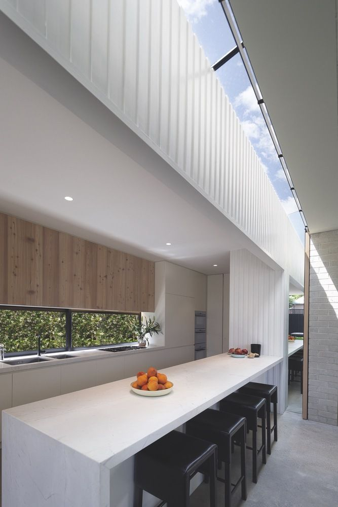 Gallery of Hidden House / Jackson Clements Burrows - 7 | Visit http://delightfull.eu/blog/ for more inspiring images and decor inspirations  ~ Great pin! For Oahu architectural design visit http://ownerbuiltdesign.com