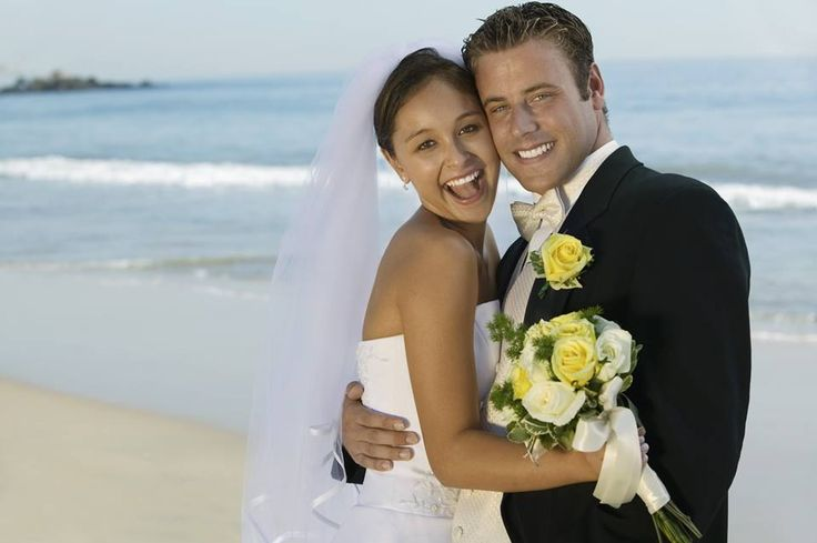 Your beach wedding, whether formal or casual, deserves the perfect attire! From bold black to sandy tan, we have an array of colors for you to choose from for your suit or tuxedo: http://tuxedojunction.com/location/tuxedo-rental-woodlandhills.html  #tuxedo #tuxedorental #beach #beachwedding #islandwedding #tuxrental #wedding #tuxedojunction Los Angeles, California