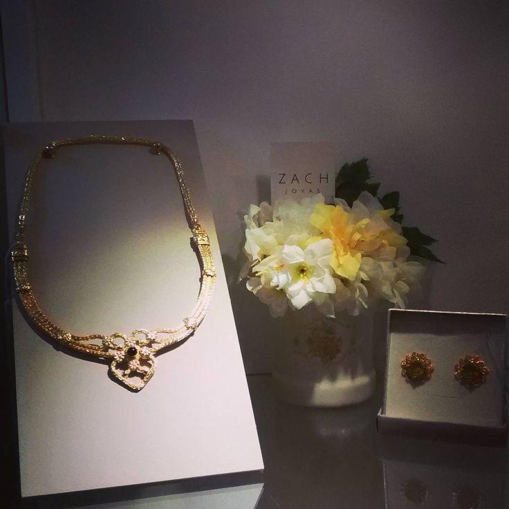 "#newcollection #joyas #flowers #zachjoyas  @zachjoyas_co  @tiendavesttigio"""