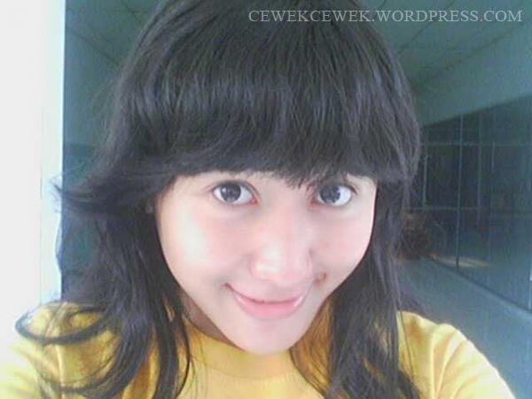 ... Foto Artis Indonesia - Tdk Telanjang Bugil - Cewek Cantik Video 3gp  | #bandung #gadis #cantik #cewek