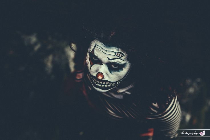 Clown - null