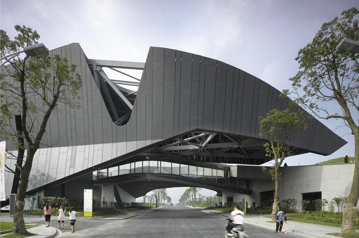 Giant Campus Project by Morphosis Architects: Image 1 of 44
