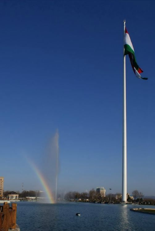 The biggest flagpole in the world. #Dushanbe #Tajikistan