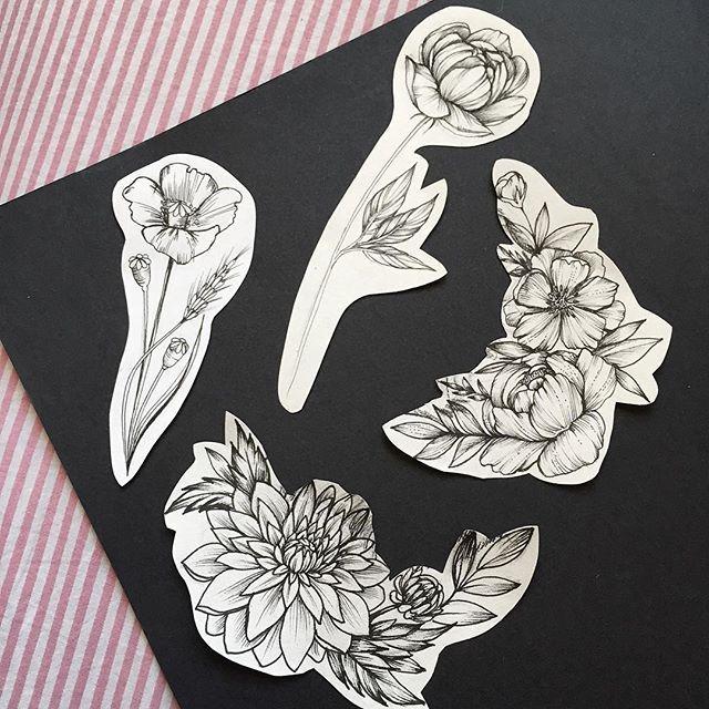 Свободные цветочки. #пион#мак#хризантема #цветы#татуспб…