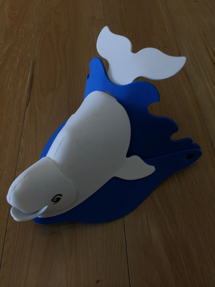 Foam, Kid's Whale Hat available to purchase as a souvenir of your amazing whale watching experience. #brisbanewhalewatching #whalemerch #australiansouvenir #whalemerchandise #whalewatching #australia #whalefigurine #hat #kidshat
