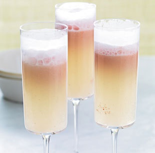 Sorbet and prosecco floats