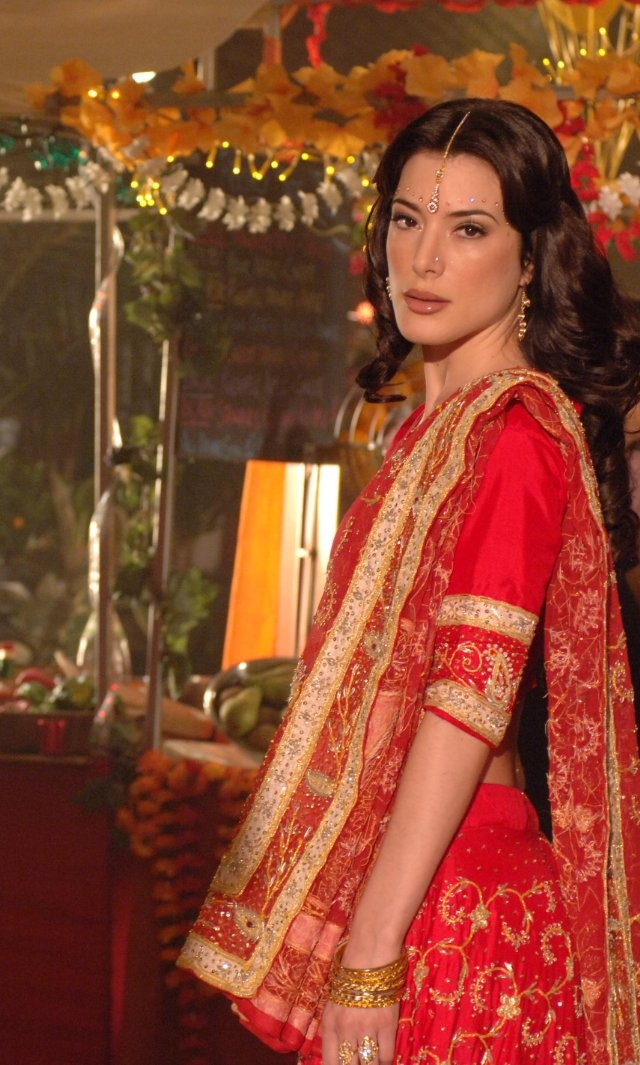 Jaime Murray Photo by Hustle season 3 – © BBC Wow, wow, wow! @MsJaimeMurray