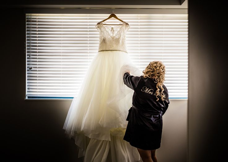 Bride Prep | Sunshine Coast Wedding Photography | Salt Studios