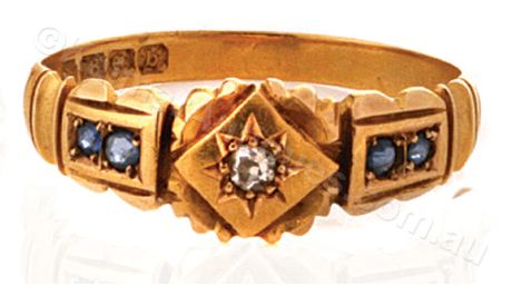 This Antique 18ct Gold Diamond and Sapphire ring from 1901 is stylish and affordable at $1450 |www.kalmarantiques.com.au